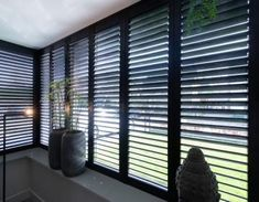 Black, wooden shutters in a bay window, beautiful! Black Shutters, Wooden Shutters, Living Room Blinds, Home Living Room, Louvre Windows, Balcony Grill Design, Salon Interior Design, House Front Design, Japanese Interior