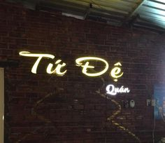 bảng hiệu quảng cáo http://quangcaovietnet.com/bang-hieu-quang-cao/bang-hieu-quang-cao-nha-hang-tu-de-308