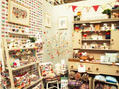 Craft stall inspriration on pinterest display market for Country christmas craft show