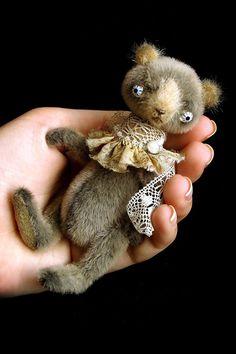 Artist miniature bear PATTERN emailed PDF Joshi