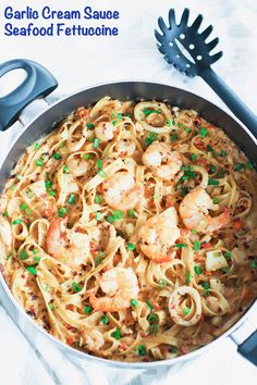 This Garlic Cream Sauce Seafood Fettuccine is made with a gorgeous medley of seafood and tossed with fettuccine pasta in a buttery, garlicky, and creamy sauce. Quick and easy to make and comfort food at its best! Seafood Medley Pasta Recipe, Seafood Risotto, Pasta Sauce Recipes, Seafood Dinner, Seafood Recipes, Seafood Meals, Dinner Recipes, Kitchen Aid Recipes, Homemade Hamburgers