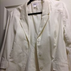 ISAAC MIZRAHI for Target White Blazer White blazer | Shell is 100% cotton.  Lining is 65% polyester and 35% cotton.  Cute with skinny jeans, leggings or over a long dress.  Smoke-free household. Isaac Mizrahi Jackets & Coats Blazers