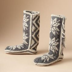 And keeping my toes warm this winter, the Woolrich Chalet.  $25 on sale.  Thanks Oma/Elaine.