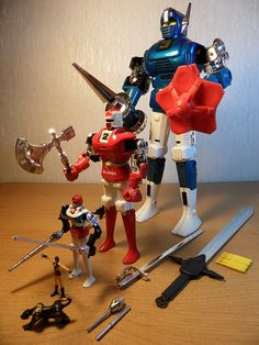 Gordian Robots!!! I had these guys! My fave thing to do was stick my Rick Hunter figure in number 2 and pretend it was a battle suit!!! Awesome!!!!!!!