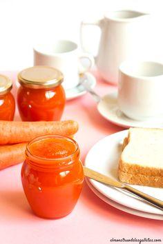Mermelada de zanahoria Raw Food Recipes, Kitchen Recipes, Sweet Recipes, Lunch Cafe, Hummus, Salsa Dulce, Fruit Preserves, Decadent Cakes, Jam And Jelly