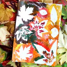 Beautiful Autumn Leaf painting for kids. A simple way to create with nature and practice basic colour-mixing principles to make Autumn colours. A fun autumn themed activity for kids of all ages! #autumn #autumncrafts #kidscraft #kidspainting #natureart