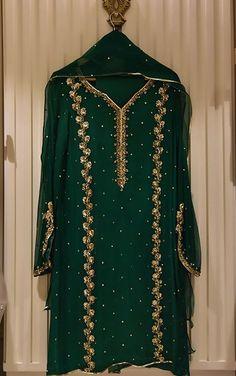 Shadi Dresses, Pakistani Formal Dresses, Pakistani Fashion Party Wear, Pakistani Wedding Outfits, Indian Bridal Fashion, Pakistani Bridal Dresses, Pakistani Dress Design, Pakistani Suits, Dress Indian Style