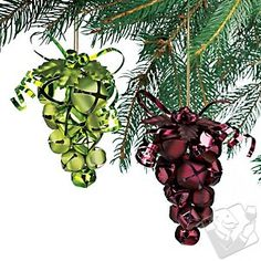 Grape Jingle Bell Ornaments~I think I will make some of these to go with the coasters I am going to make for my sis ♥ Christmas Tree Themes, Christmas Bells, Xmas Decorations, Christmas Projects, Christmas Ideas, Office Christmas, Christmas Art, Jesse Tree Ornaments, Wine Cork Ornaments