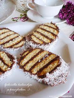 Csíkos csokis süti - sütés nélkül Food Truck Design, Food Design, Cookie Recipes, Dessert Recipes, Desserts, Banana Brownies, Hungarian Recipes, Biscuit Recipe, Finger Foods