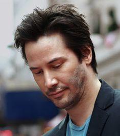 Keanu Reeves short hair
