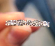 Tasarım, vintage esintili, ince ve pırlantalı alyans, tamtur. Vintage Inspired Wedding Rings. Engagement Rings.