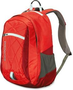 The Patagonia Violeta daypack is made to fit women s torsos. 2e09544fc6