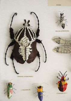 Artist Kato Kato creates nature inspired sculpture using recycled materials. She makes plants and insects from recycled paper and textiles using stiching and embroidery. Bug Art, Deco Originale, Insect Art, Recycled Art, Recycled Leather, Bugs And Insects, Paper Book, Kirigami, Art Plastique