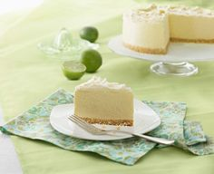 White Chocolate Lime Angel Cheesecake - Light, sweet and instantly refreshing – this really is an angel cheesecake. The fruity hint of lime gives a clean, crisp tang to the creamy white chocolate. Best No Bake Cheesecake, Basic Cheesecake, Lime Cheesecake, Cheesecake Cookies, Baked White Chocolate Cheesecake, White Chocolate Recipes, Baking Chocolate, Chocolate Cake, Just Desserts