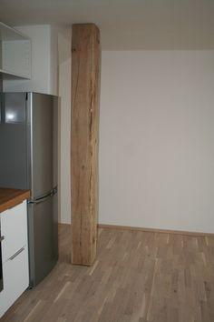 Nature to interior - Falk-Raum-Design-Systeme Eichenbalken Deko-Objekt in einem Wohnraum
