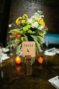 Creative Table Decor Ideas You Can Do With Wooden Pegs