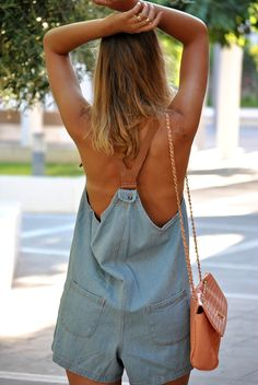 So cool salopette Looks Style, Style Me, Salopette Jeans, Summer Outfits, Cute Outfits, Summer Fashions, Estilo Jeans, Denim Fashion, Womens Fashion
