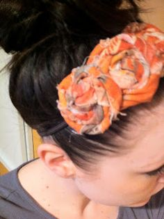 Cheniful: Fabric Flower Hairbands--How To Flower Crafts, Diy Flowers, Fabric Flowers, Paper Flowers, Fabric Ribbon, Ribbon Bows, Ribbons, Summer Headbands, Kids Hair Clips