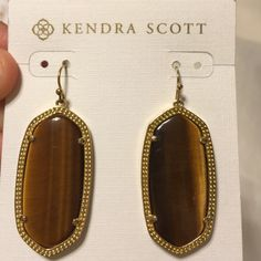 Kendra Scott tigers eye Elle In beautiful condition. These look great in person, photo does them no justice. Kendra Scott Jewelry Earrings