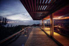 great view - Atalaya House in California, USA by Alberto Kalach