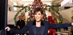 The Kardashian momager, Kris Jenner, had teamed up with the L.A. floral designer Jeff Leatham to transform her home for the holidays- Christmas is coming!