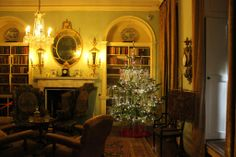 Polesden Lacey (Surrey): Christmas House Countdown   Visiting houses & gardens