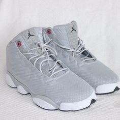 1b30ef94e48d Shop Women s Nike Gray White size 8 Athletic Shoes at a discounted price at  Poshmark. Description  Nike Jordan Horizon Low gray size US 8 UK 7 EUR Sold  by ...