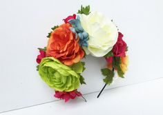 Día del casco muertos Frida Kahlo flores corona mexicano