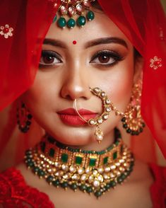 Here Are Some Indian Bridal Makeup Images To Give You Some Much-Needed Makeup Inspiration Indian Bridal Photos, Indian Wedding Poses, Indian Wedding Makeup, Indian Wedding Couple Photography, Bridal Photography, Bride Indian, Bengali Bride, Photography Ideas, Indian Bride Photography Poses