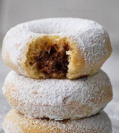 Donuts rellenos de crema de cacao