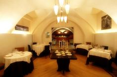 The Restaurant Gli Orti di Leonardo offers exemplary service and an ample selection of wines from its cellars