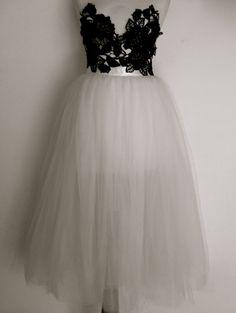 tulle skirt – For those who love dresses White Tulle Skirt, Tulle Skirts, Crochet Storage, Classy Dress, Custom Made, Flower Girl Dresses, Wedding Dresses, More, How To Wear