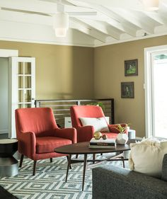3 Budget-Friendly Interior Design Sites   Need professional help on a tight budget? These Web-based services offer a decorating plan and what-to-buy guidance for minimal expense.