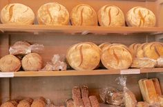 poilane bread Brunch Places, Clay Oven, Elizabeth Street, Egg Toast, Cream Cups, Super Greens, Cute Cupcakes, Cookies And Cream, Deli