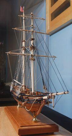 Hampton Roads Naval Museum: Museum Profile: Lee Martin, Resident Model Shipwright