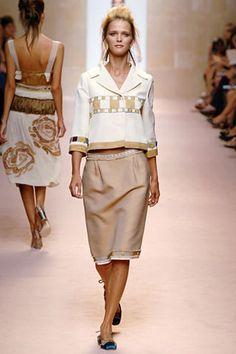 Alberta Ferretti Spring 2006 Ready-to-Wear Collection - Vogue Alberta Ferretti, Fashion Show Collection, Lace Skirt, Peplum Dress, Ready To Wear, Runway, Vogue, Two Piece Skirt Set, Spring