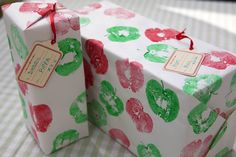 Apple Print Wrapping Paper