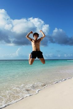 """Now that's a high jump. Look closely, no """"jumping-off"""" footprints in the sand!"""
