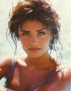 GIVEAWAY - From beauty supplements to homemade body scrubs, beauty icon Helena Christensen is sharing the daily habits that get her glowing and her favorite beauty tips of all time. Helena Christensen, Niki Taylor, Stephanie Seymour, Claudia Schiffer, Daily Beauty Routine, Beauty Routines, Pretty People, Beautiful People, Beautiful Women
