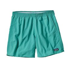 """Old school and still cool, these classic Baggies™ Shorts are made of lightweight Supplex® nylon with a DWR (durable water repellent) finish, 40-UPF sun protection. Inseam is 5"""". Fabric is bluesign® ap"""