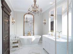 White Master Bathroom, White Bathroom Tiles, Modern Bathroom Decor, Bathroom Colors, Modern Bathroom Design, Bathroom Designs, Small Bathroom, Bathroom Ideas, Bathroom Countertops