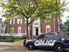 Two victims stabbed at fraternity house at Tufts University - NEW YORK DAILY NEWS #Stabbing, #Tufts, #University, #US
