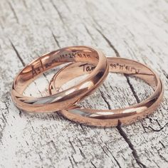 Love the idea of matching wedding engraved wedding bands || Find a wedding band that matches your style perfectly || Get your custom size, width, and silhouette for the bride and groom wedding bands at @omigoldnyc || Choose white, rose, green, or yellow gold