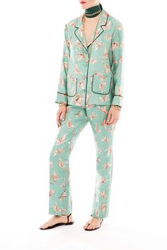 F.R.S Crono pajama pant realized in a luminious italian silk twill.The whimsical butterfly print is highlighted by the contrast piping delicately.