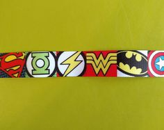 Collar And Leash, How To Make Bows, Grosgrain Ribbon, Hair Bows, Craft Projects, Scrapbook, Superhero, Crafts, Color