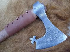 Bearded Viking Axe, w/Detailed Shape & Engraved Viking Shield, Viking Axe, Tomahawk Axe, Beil, Battle Axe, Weapon Of Mass Destruction, Celtic Patterns, Medieval Weapons, Diy Couture