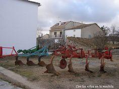 Maquinaria agricola Mariana, Combustion Engine