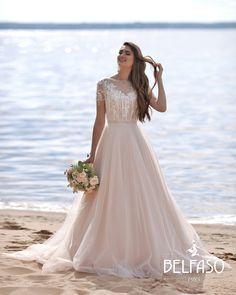 Bridal collection Belfaso 2020 - wedding dress insp. Summer bride Lace Wedding, Wedding Dresses, Bridal Collection, Bride, Summer, Fashion, Bride Dresses, Wedding Bride, Moda