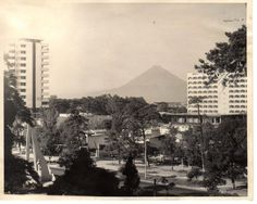 GUATEMALA, avenida Reforma 1876