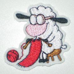 Aufnäher - strickendes Schaf  von STICKTRAUM auf DaWanda.com